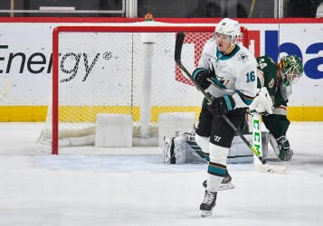 What the Seattle Kraken have in newly signed forward, Ryan Donato